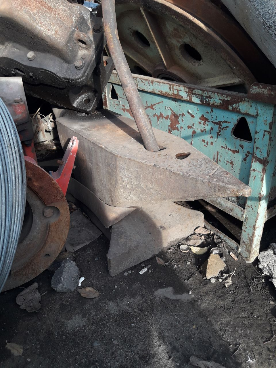Старое бытовое барахло на металлолом